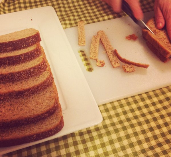 Healthy 4 cutting bread